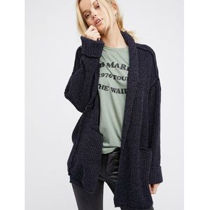 Free People Low Tide Cardigan navy size XS/S